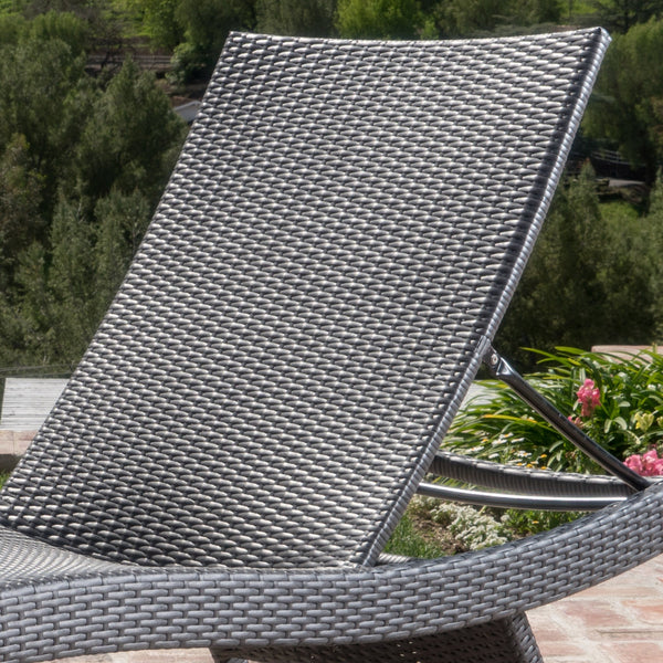 Sagan Outdoor Wicker Lounge With And Water Resistant Cushion (Set Of 2)