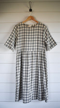 Load image into Gallery viewer, Hattie plaid dress - ivory/black