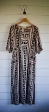 Load image into Gallery viewer, Quincy dress - black/tan