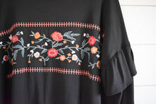 Load image into Gallery viewer, Taryn embroidered top - black
