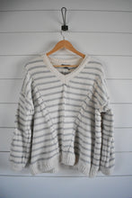 Load image into Gallery viewer, Edelweiss Sweater - grey stripe