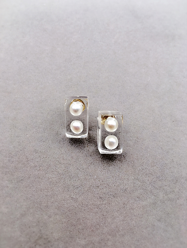 Ice Cube Inspired Pearl Stud Earrings