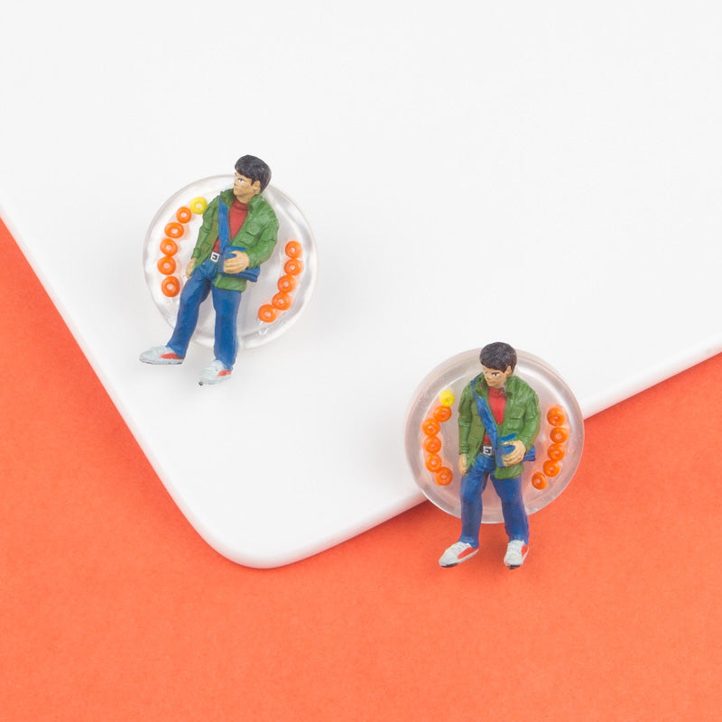Figure Disc Stud Earrings