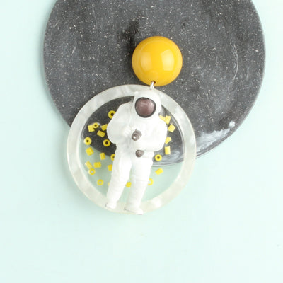 Space Walking Astronauts Drop Disc Earring