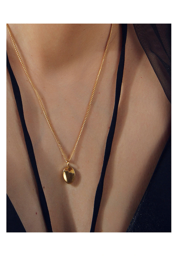 18K Gold Plated Minimalist Oval Necklace - AHED Project