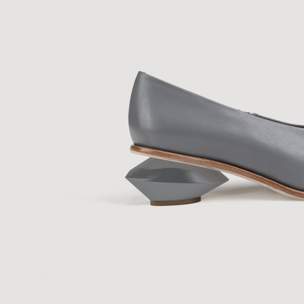 Curved Chunky Heel Loafers in 2 Shades - AHED Project