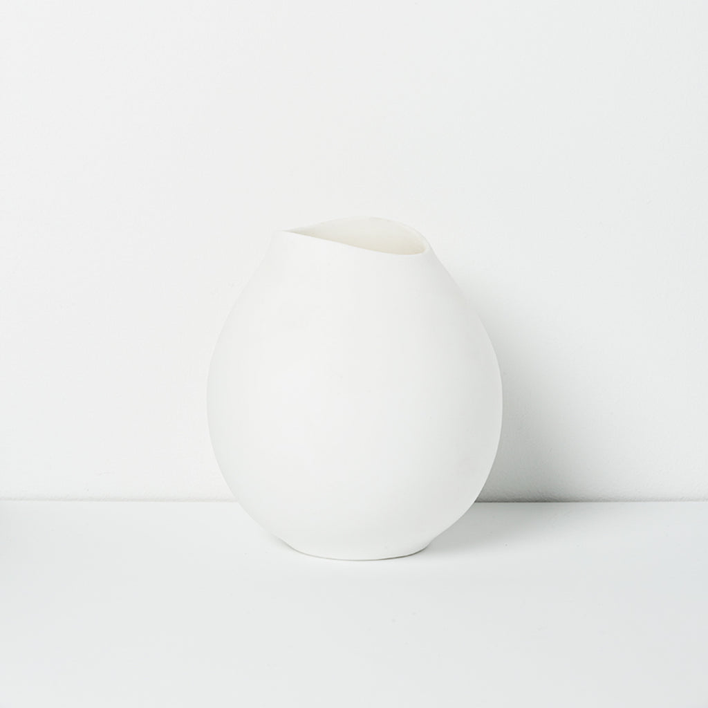 Cocoon Vase / Small