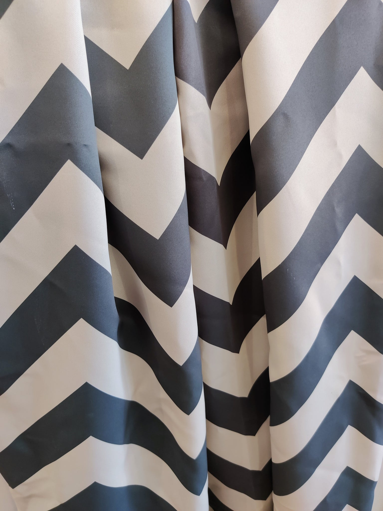 "120"" Extra Long Drape in Dark Blue Chevron - InteriorDesignsToGo.com"