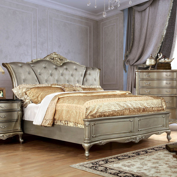 JOHARA Traditional Queen Bed - InteriorDesignsToGo.com