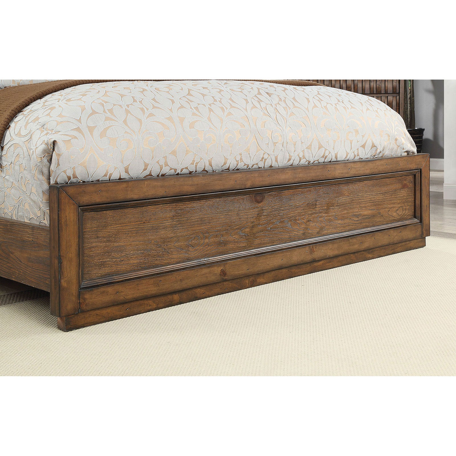 Eutropia 5 Pc. Queen Bedroom Set w- Chest - InteriorDesignsToGo.com