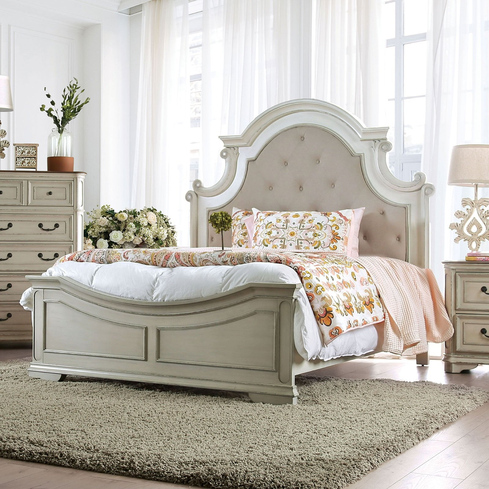 Pembroke Transitional Cal.King Bed - InteriorDesignsToGo.com