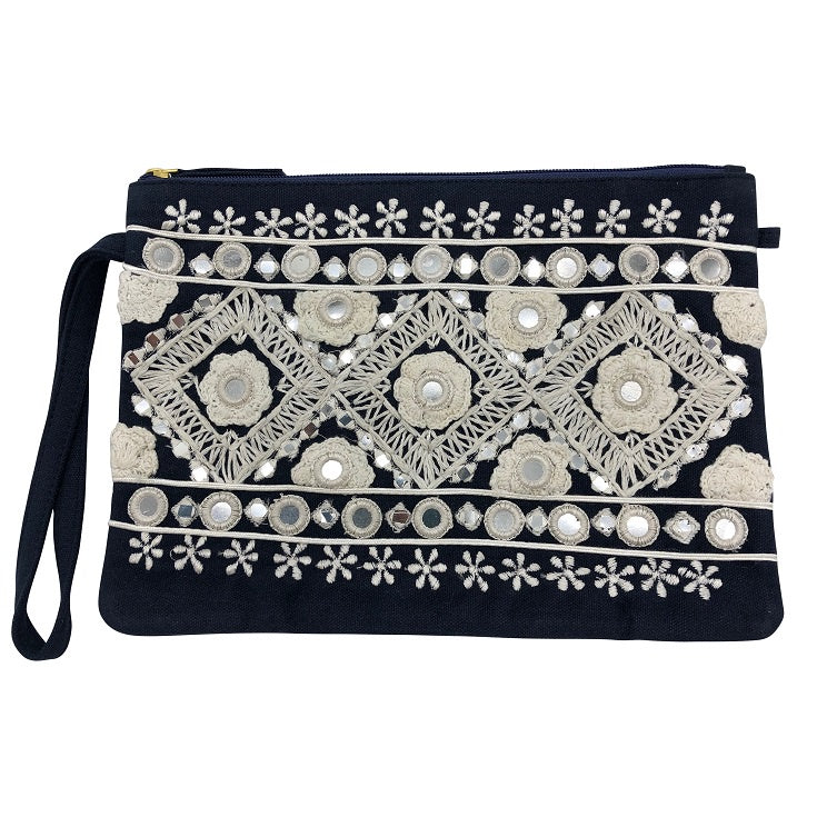 Bahama Clutch - Navy/White Detail