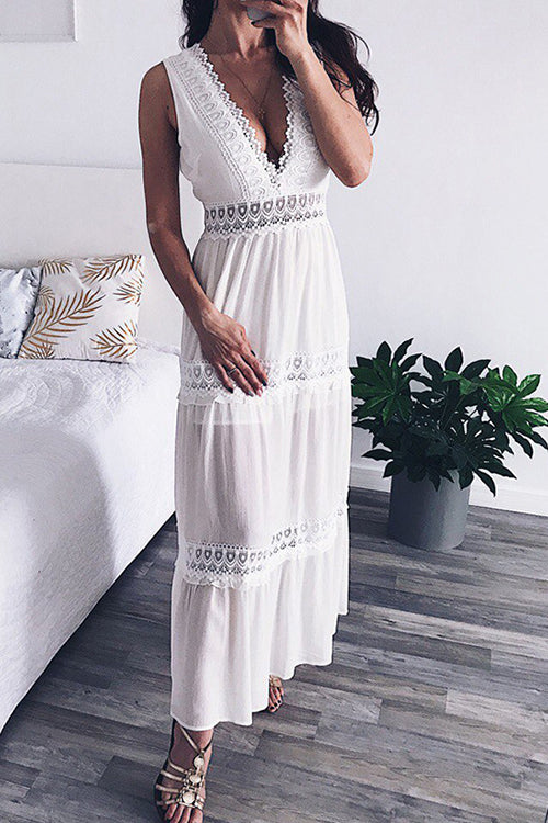 Plunging Neck Sleeveless Maxi Dress