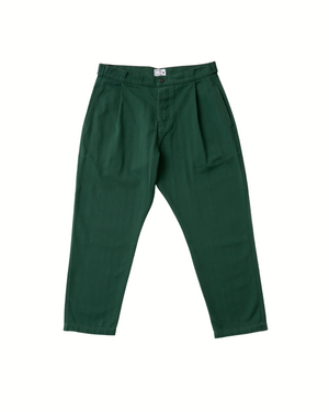 The Cotton Weekend Trouser in Pineneedle