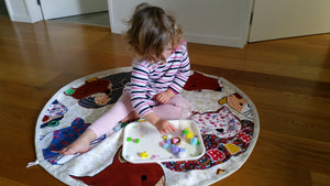Play MatE - Flags on Natural Cotton/Linen