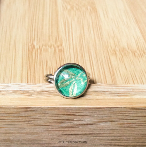 Japanese ring - Green & gold - Bumblebee Crafts