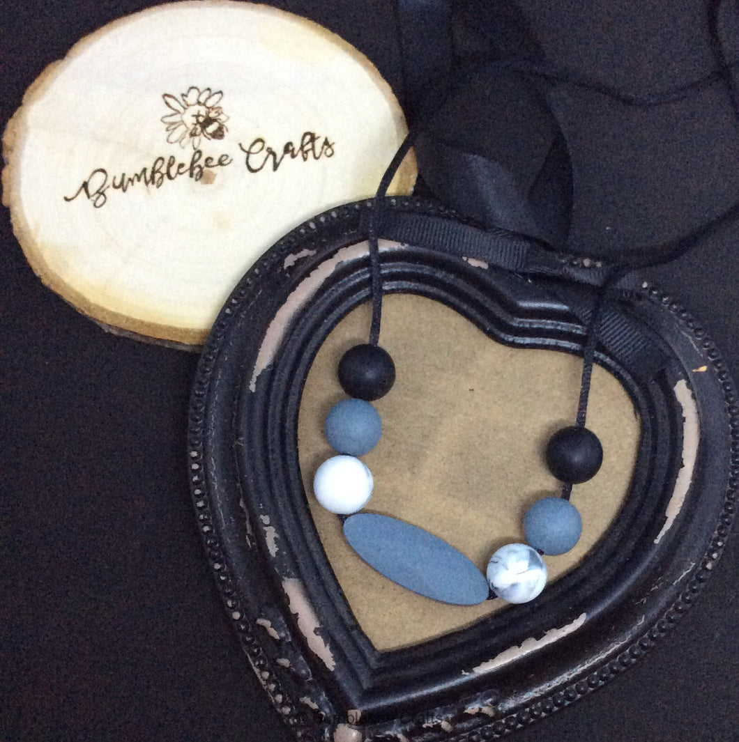 Silicone Bead Necklace - Monochrome - Bumblebee Crafts