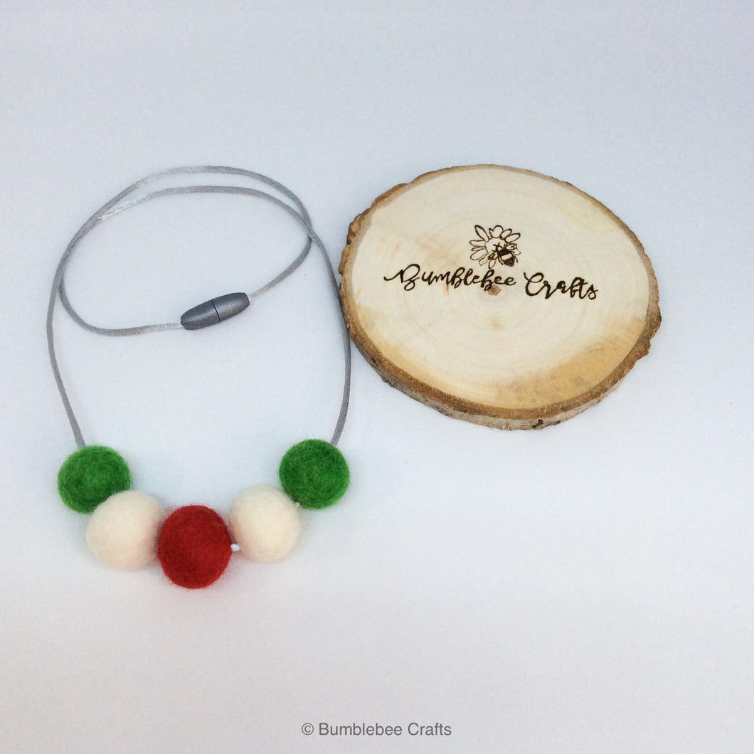 Wool Felt Bead Necklace - Christmas colours - Bumblebee Crafts