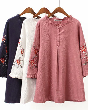 Plus Size Floral Embroidered Round Neckline 3/4 Sleeves Blouses Tops