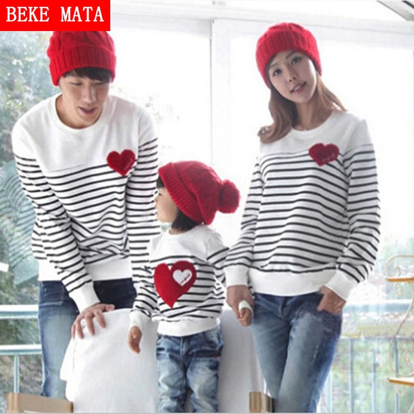 Family-Matching-Clothing-Spring-Father-Son-Sweater-Sets.jpg
