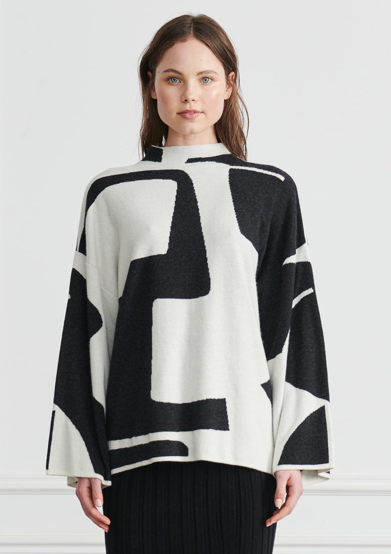 Apartment Clothing Intarsia Funnel Neck