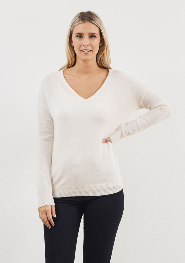 White & Warren Essential Cashmere V Neck Sweater