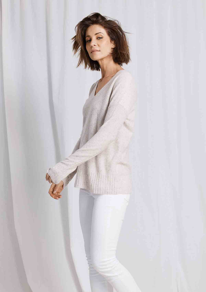 W&W Wide Hem V Neck Sweater