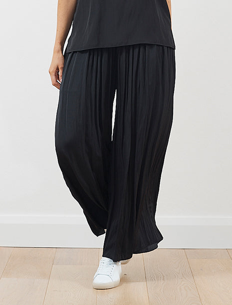 Luxe Deluxe Look Twice Wide Leg Pant