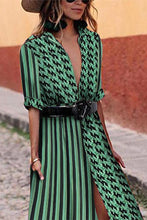 Load image into Gallery viewer, Sexy Green Short Sleeves V Neck Floral Print Maxi Dress