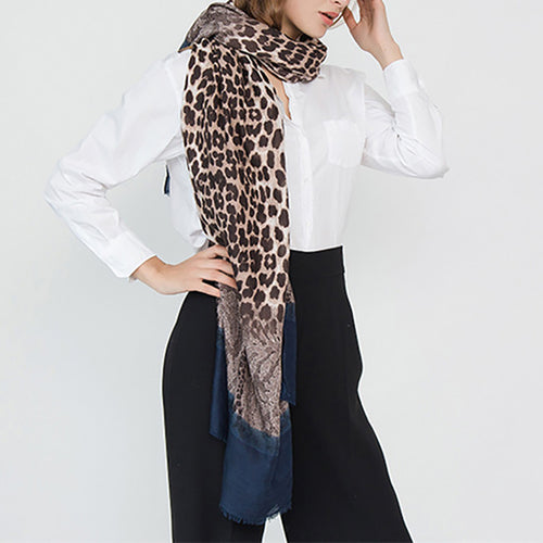 Leopard pattern lace pattern with cotton linen scarf
