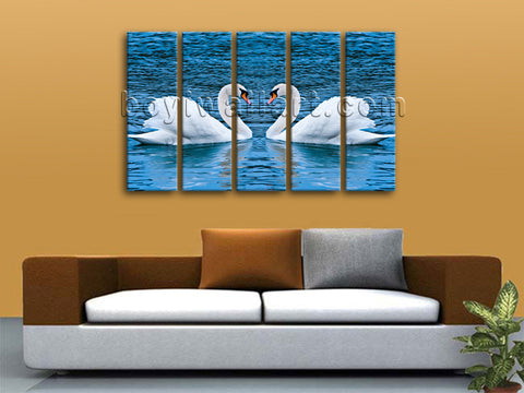 Swan wall decor