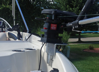 Electric Down Riggers on a Ski Boat