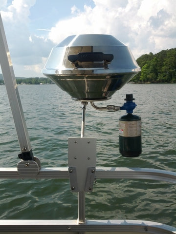 Attach a grill to your boat using V-Lock bracket