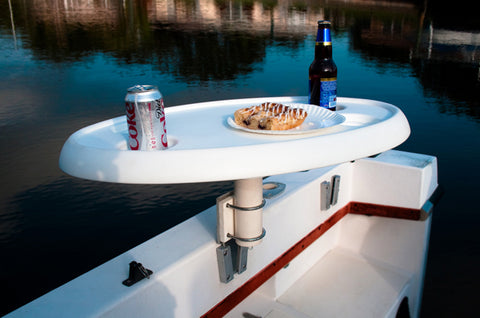 Boat table securely mounted to boat