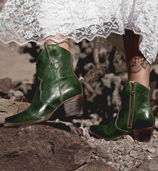 Vintage Chunky Heel Zipper Leather Boots