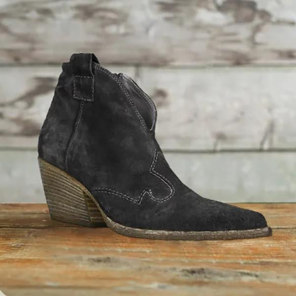 Women's Vintage Bohemian Low-Heeled Pointed Cutout Soft Leather Boots