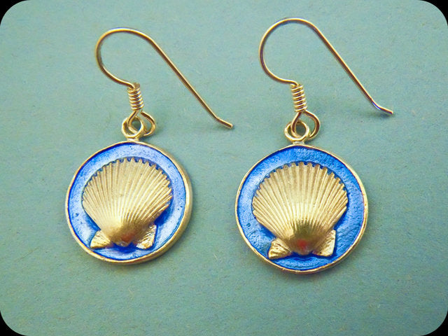 Round Scallop Earrings (blue)