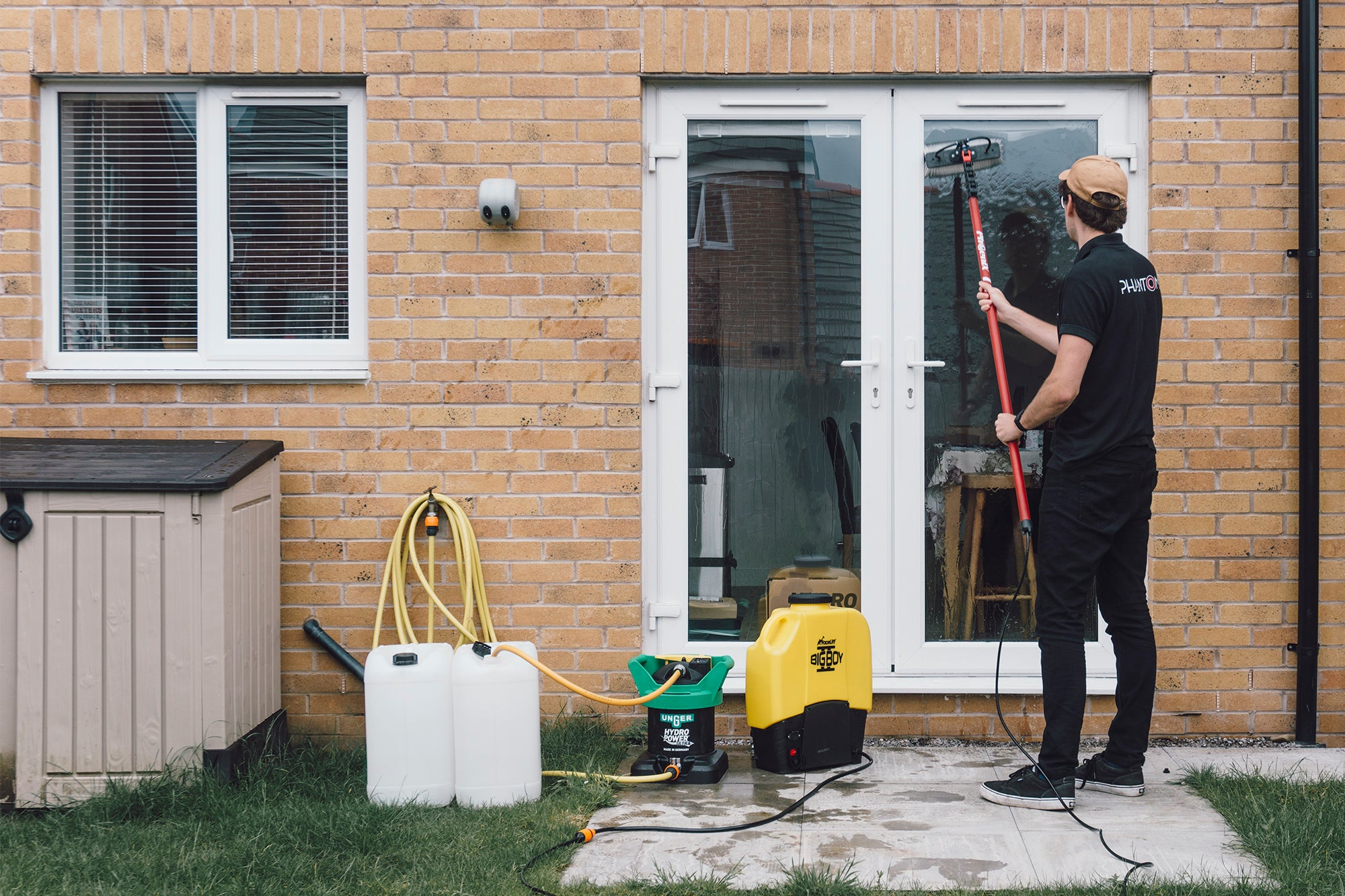 Starting a Window Cleaning Business with £500