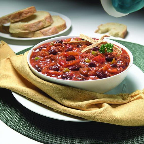 Campbells Klondike Chilli prepared, in a bowl with garlic toast
