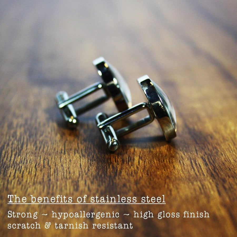 Getting Hitched – round stainless steel cufflinks