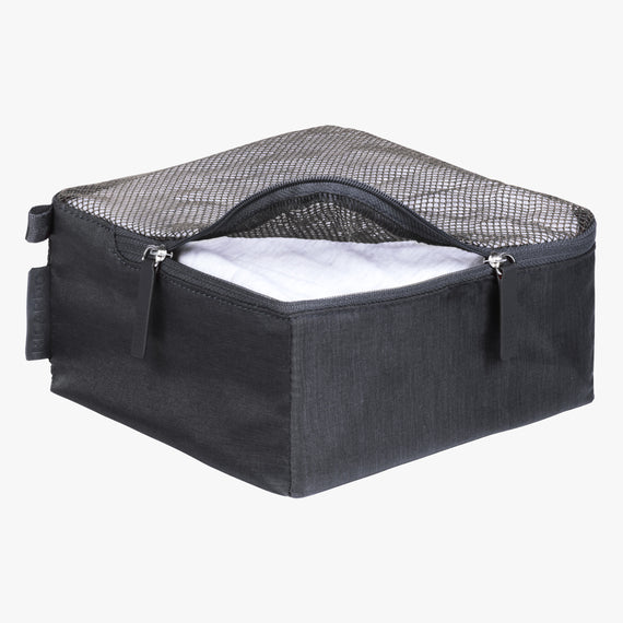 Packing Cubes - Set of Three Essentials 2.0 3-Piece Set in Graphite Small Open View in  in Color:Graphite in  in Description:Opened