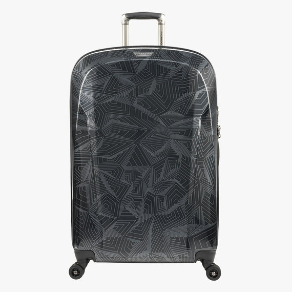 Large Check-In Spectrum Spinner Luggage - 28-inch in Black Front View in  in Color:Black in  in Description:Front