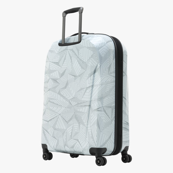 Large Check-In Spectrum Spinner Luggage - 28-inch in White Back Quarter View in  in Color:White in  in Description:Back Angle