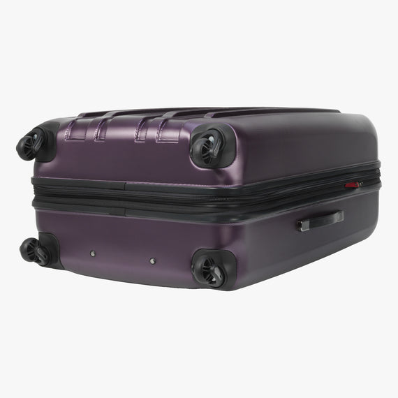 Large Check-In Yosemite 29-inch Check-In Suitcase in Plum Bottom View in  in Color:Plum in  in Description:Bottom