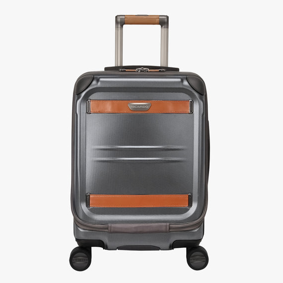 Mobile Office Carry-On Ocean Drive 19-inch Mobile Office in Silver Front View in  in Color:Silver in  in Description:Front