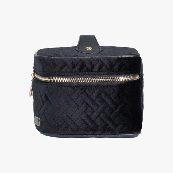 Louise Travel Case - Milan Milan Louise Travel Case in Black Side View in  in Color:Black in  in Description:Side