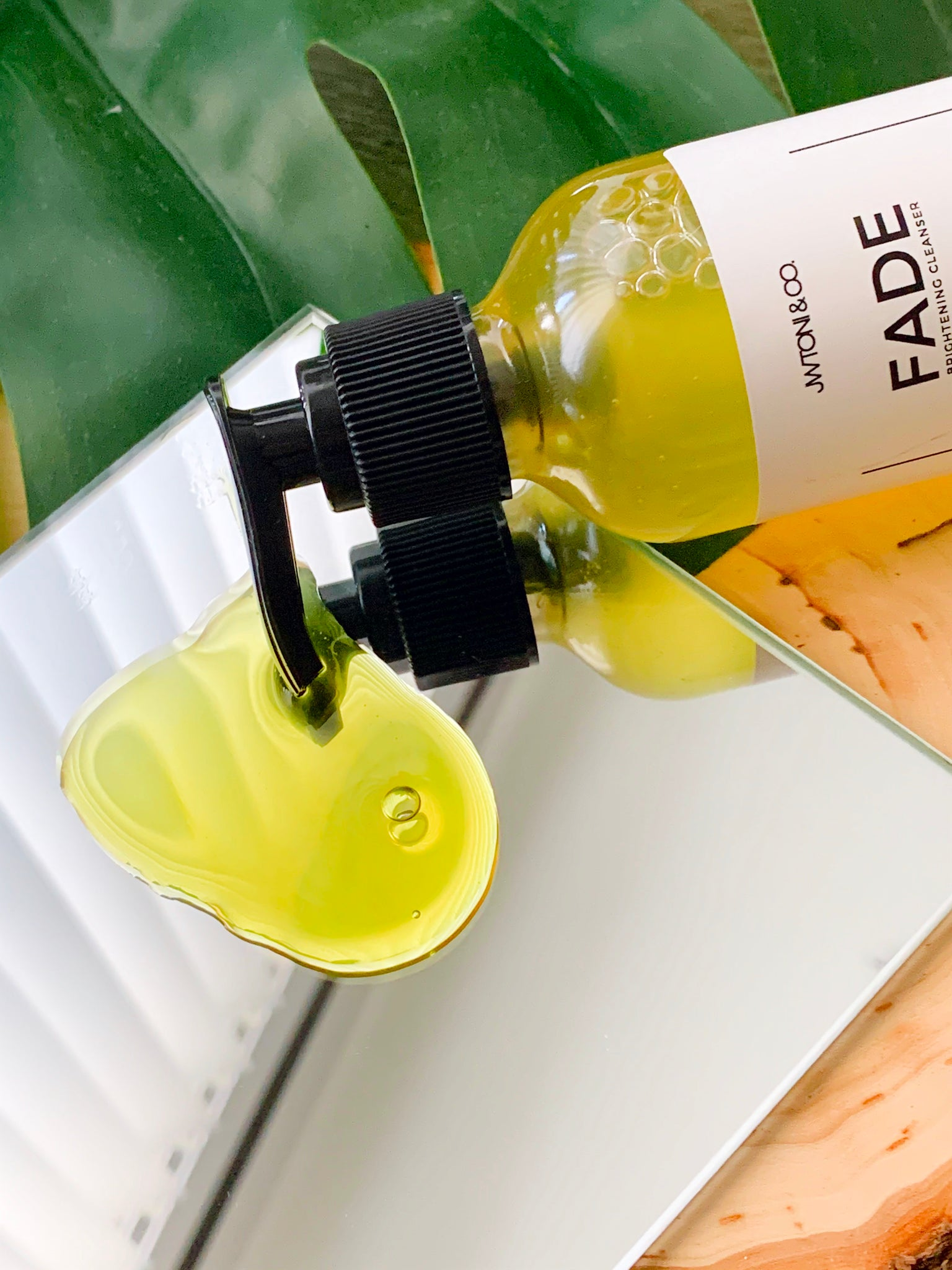 Fade - Skin Brightening Cleanser