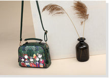 Load image into Gallery viewer, Vintage Girlfriends Love Printed Zipper Messenger Handbag
