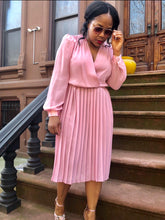 Load image into Gallery viewer, Vintage Pink Pleated Day Dress