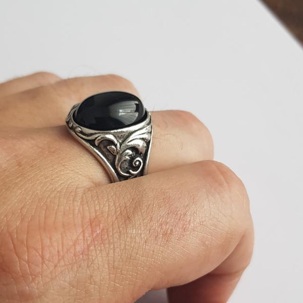 Lope dark night Bague Santa Muerte Paris